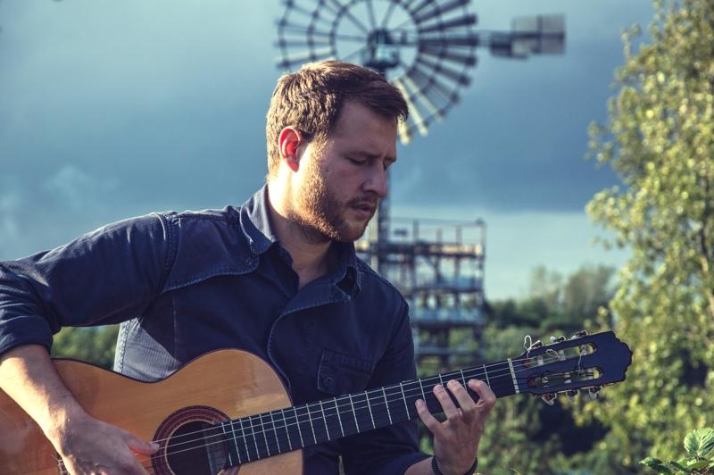 Ivan Snegur, Gitarre